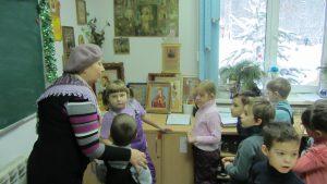 Дети в гостях в храме